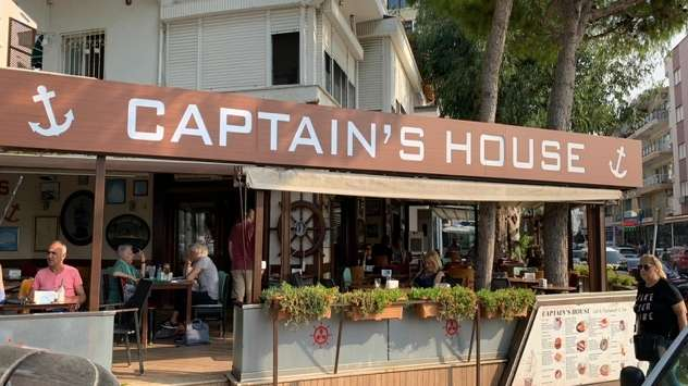 Captain's House: Flavor Stop in Kusadasi