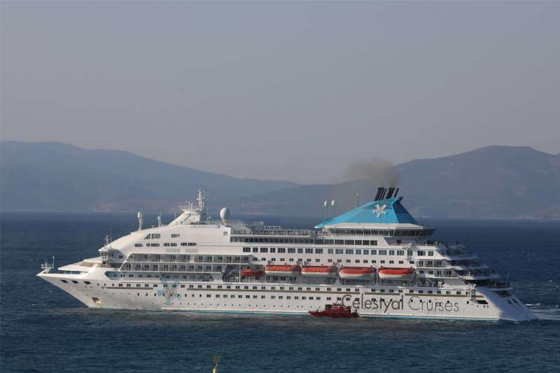 The Last Ship of the Season is in Kusadasi