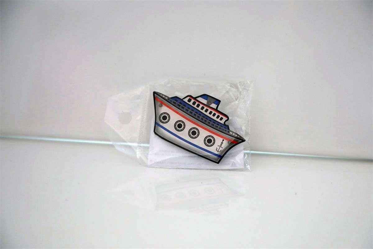 Illuminated Ship Collar