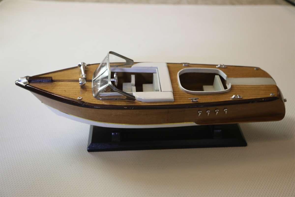 Yacht Model