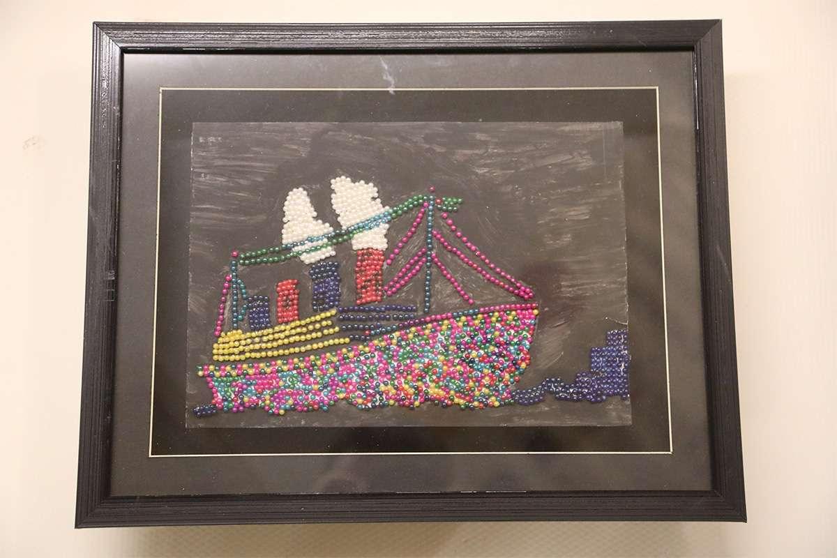 Toplu İğneden Yapılmış Gemi