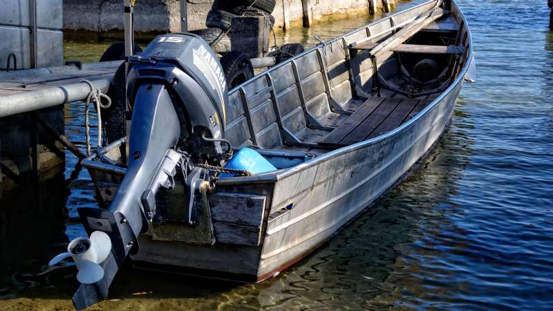 Maintenance and Cleaning of Outboard Engines
