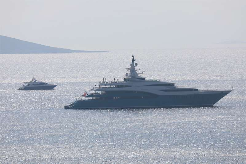 Mega Yachts come Continues to Turkey