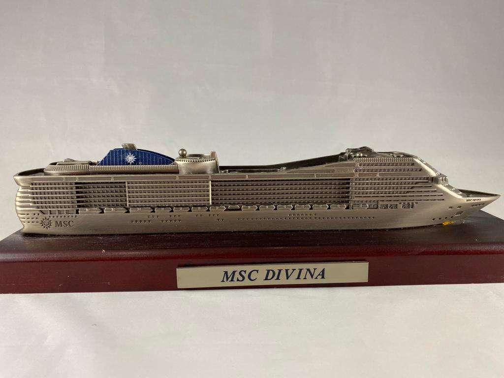MSC Divina Ship Model