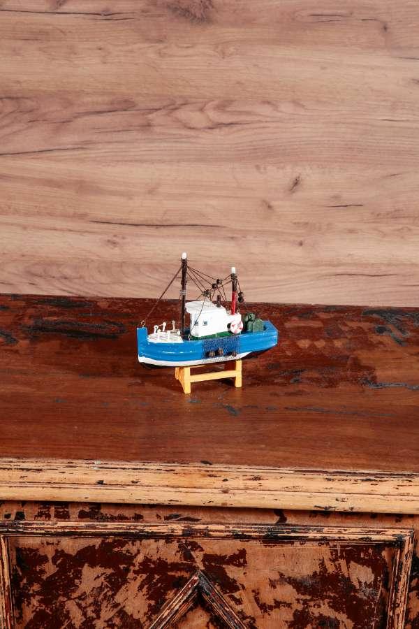 Mini Balıkçı Teknesi